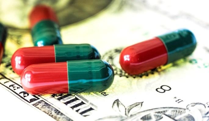 drugs-pills-money