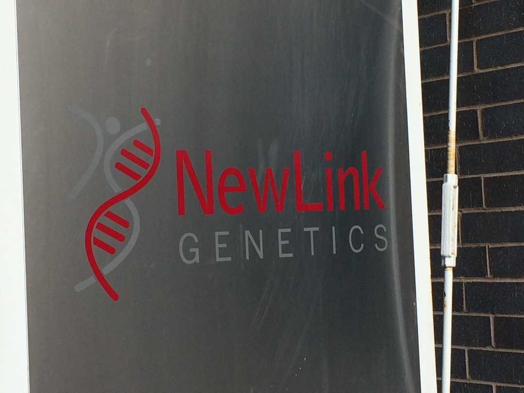 636020225416496700-newlink-genetics-sign